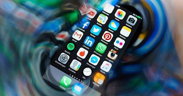 روش ساخت یک شبکه اجتماعی و کسب درآمد از آن