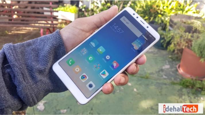 اسکرین شات گرفتن در گوشی شیائومی با استفاده از دکمه HOME و کم کردن صدا